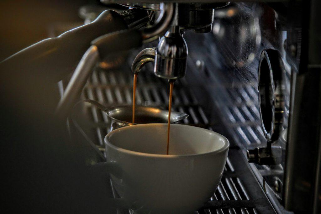 Marketing Win/Marketing Fail: Patagonia vs Starbucks